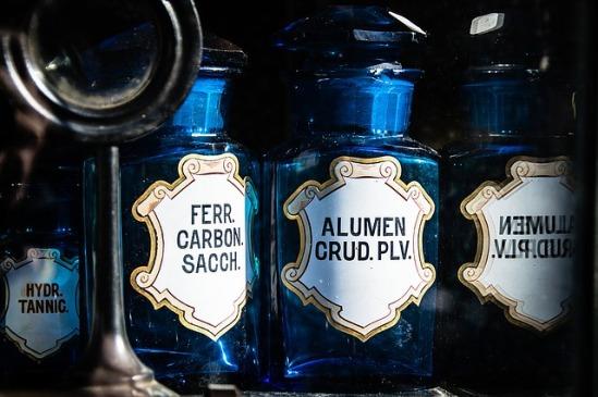 bottles-1262034_640